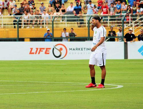Amigos do Ronaldinho Gaúcho x Estrelas